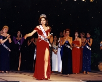 Susan Jeske crowned Ms. America 1997